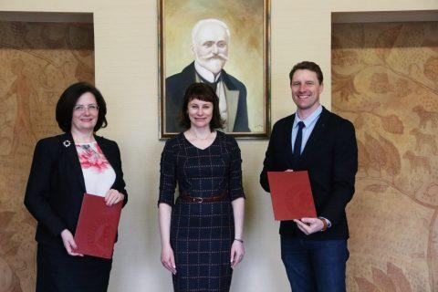 LUAA pasirašė bendradarbiavimo sutartį su VDU Žemės Ūkio Akademija